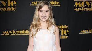 Speechless': ABC's Minnie Driver Pilot Casts 'The Walking Dead' Alum Kyla  Kenedy - Variety