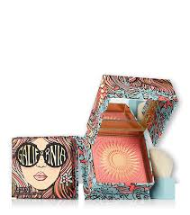 galifornia bright pink blusher gives you a golden pink flush on your cheeks