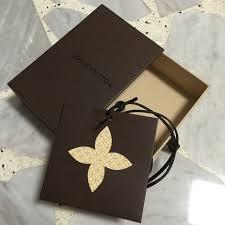 louis vuitton tie. authentic louis vuitton (lv) gift box + tag/envelope leather tie string