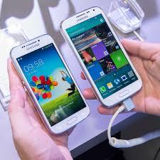 Samsung Galaxy K zoom vs Galaxy S4 zoom ...