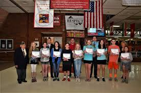 branford students share what memorial day means to me com winners of branford s annual captain thomas yester memorial day essay contest share their certificates supporters