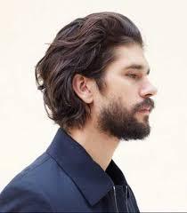 Главное для стрижки на средние волосы сделать лицо приближенным к овалу. Muzhskie Pricheski Dlya Dlinnyh