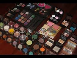 indian makeup eye shadow collection or makeup collection