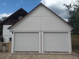 Fenster Und Haustüren Austausch Montagerenovierung Von Garagentore