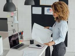 7 Benefits of a <b>Standing</b> Desk