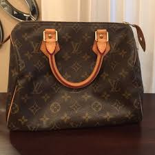 louis vuitton used bags. speedy 25 used but still in good condition. louis vuitton bags s