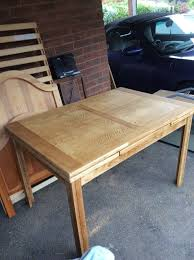nice clean extendable table 100 or near offer can deliver