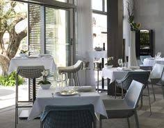 Chic Restaurant Tables And Chairs For The Modern Home Cool Restaurant Chairs C14