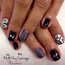 Halloween Gel Nail Designs 2018 Halloween Gel Nail Art In 2020 Halloween Nails Cute