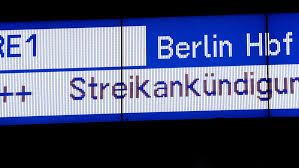 Check spelling or type a new query. Bahnstreik 2021 Aktuell Gdl Streik Drei Von Vier Fernzugen Entfallen Db Verspricht Erstattungen Sudwest Presse Online