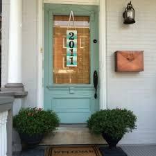 front door decoration36 Creative Front Door Decor Ideas not a wreath  Home Stories A
