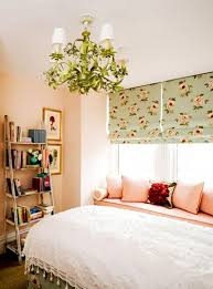 Cottage Bedroom Decor Shabby Chic Bedroom Decor Ideas Beige Foile