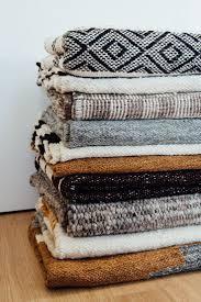 Fabric Rug Diy Best 20 Handmade Rugs Ideas On Pinterest Rag Rug Tutorial