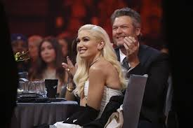 Stefani's pregnancy caused her some problems at the time and a live music video of her performing the song was released. Gwen Stefani Shares New Intimate Photo With Blake Shelton And Their Fans Are Jealous Sahiwal