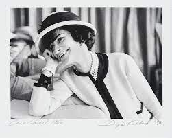 Coco Chanel von Douglas Kirkland – Kaufen & Verkaufen