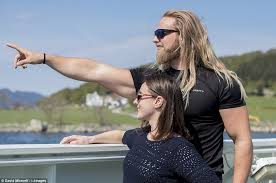Lasse matberg is an instagram star who first time famous for his post in 2013. Viking Lasse Matberg Wasn T Always Such An Instagram God Daily Mail Online