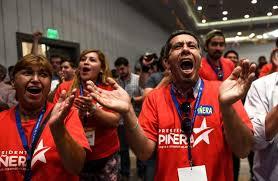 Resultado de imagen para pobres votando a piñera