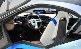 i8 uses gorilla glass glass used on modern smartphones and tablets the special glass is used for the rear window for sound absorbing