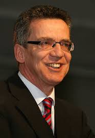 Innenministerium – <b>Thomas de Maizière</b> (CDU). Nicht zu verwechseln mit seinem <b>...</b> - 2009_Dr.Thomas_de_Maiziere
