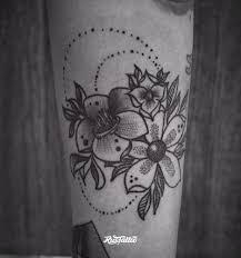 фото татуировки цветы в стиле дотворк лайнворк черно белые