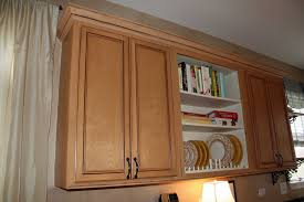 install crown molding kitchen cabinets