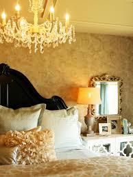 Schwarze Und Weiße Schlafzimmer Mit Farbtupfer Master Schlafzimmer