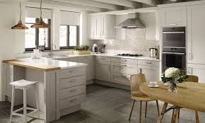 traditional kitchen ideas. Mornington Shaker Traditional Kitchen Ideas