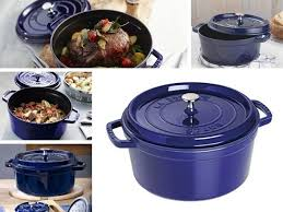 Staub Dark Blue Color Dutch Ovens In 2019 Blue Ovens