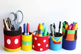 Organize your desk space with the best pals around! These DIY pencil holders  are easy to make and a great way to recycle old tin cans from the kitchen.