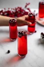 poinsettia drink cranberry mimosas