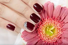 false nails can look amazing but many of us are left wondering how to disguise grown out acrylic nails if your natural nails are brittle then artificial