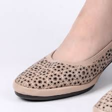 AIMEIGAO Leisure Hollow Out Sandals Med Heels pumps Women ...