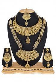 Amazing ideas indian bridal jewellery designs Pinterest Stone Studded Bridal Necklace Set Utsav Fashion Bridal Jewelry Buy Wedding Jewelry Set For Brides Online Utsav