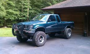 1994 Toyota Pickup - Information and photos - MOMENTcar