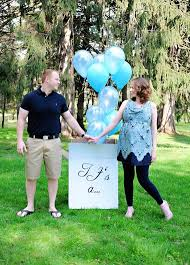 Boy Or Girl Area Couples Make Announcements At Gender Reveal