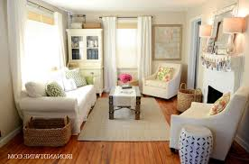 Very Small Living Room Decorating Decorating A Very Small Living Room Interior Design