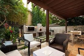 privacy wall ideas for patios