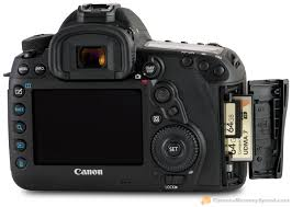 canon 5d mark iv with sd cf memory cards and door open