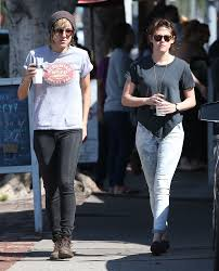 Exclusive Kristen Stewart Alicia Cargile Get A Morning Coffee.