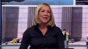 With original stories, exclusive interviews, audience debate and the latest breaking news, victoria derbyshire presents the bbc's morning news and current affairs programme. Joanna Gosling Bbc News Channel Hd Victoria Derbyshire September 27th 2018 Youtube