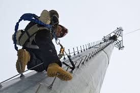 This Week In The Field The Techs Who Do The Most Dangerous Job In