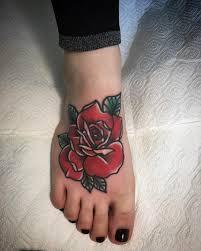 фото тату на ноге роза