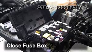 replace a fuse 2007 2011 dodge nitro 2011 dodge nitro heat 3 7l v6 2011 Dodge Nitro Fuse Box 6 replace cover secure the cover and test component 2011 dodge nitro fuse box diagram