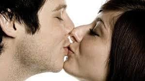 wie küsst man beim ersten kuss