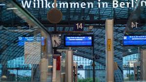 Die gewerkschaft deutscher lokomotivführer will ihre mitglieder erst zu einer urabstimmung aufrufen, die für den 9. 7wvvqozmx9di1m