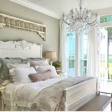Charming Country Chic Bedroom Decorating Shabby Chic Master Bedroom .jpg