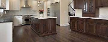 should you choose hardwood or laminate flooring