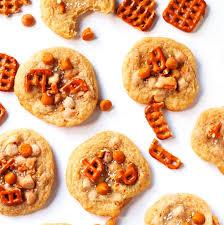 pretzel cookies with erscotch chips