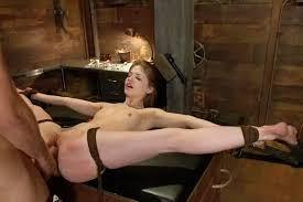 Sexually submissive wife Free bondage sex pic