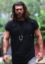 Finally, the actor of albanian origin can yaman won the in turkey the awar actor of the year after some successful roles, and especially the role in the erkenci kus series. Can Yaman Girlfriend Height Weight Age Family Affairs Starsbiopoint
